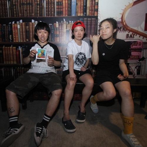 Drinking Boys and Girls Choir - South Korea Skate Punk