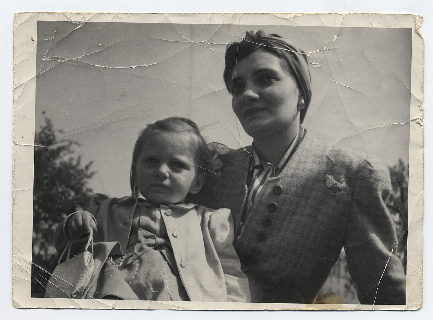 00a phylis and adele 1940s orig.jpg