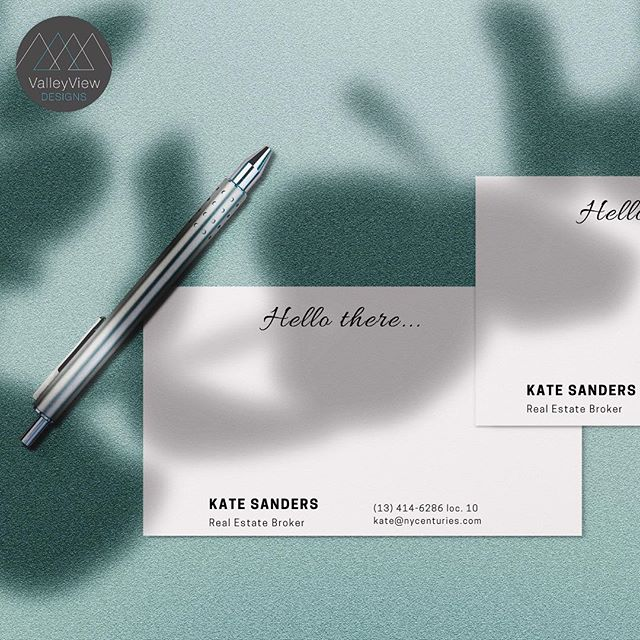 Handwritten notes will never go out of style. 📝 What will you jot on your stationary? . . . #stationarydesign #handwriting #notes #clientrelations