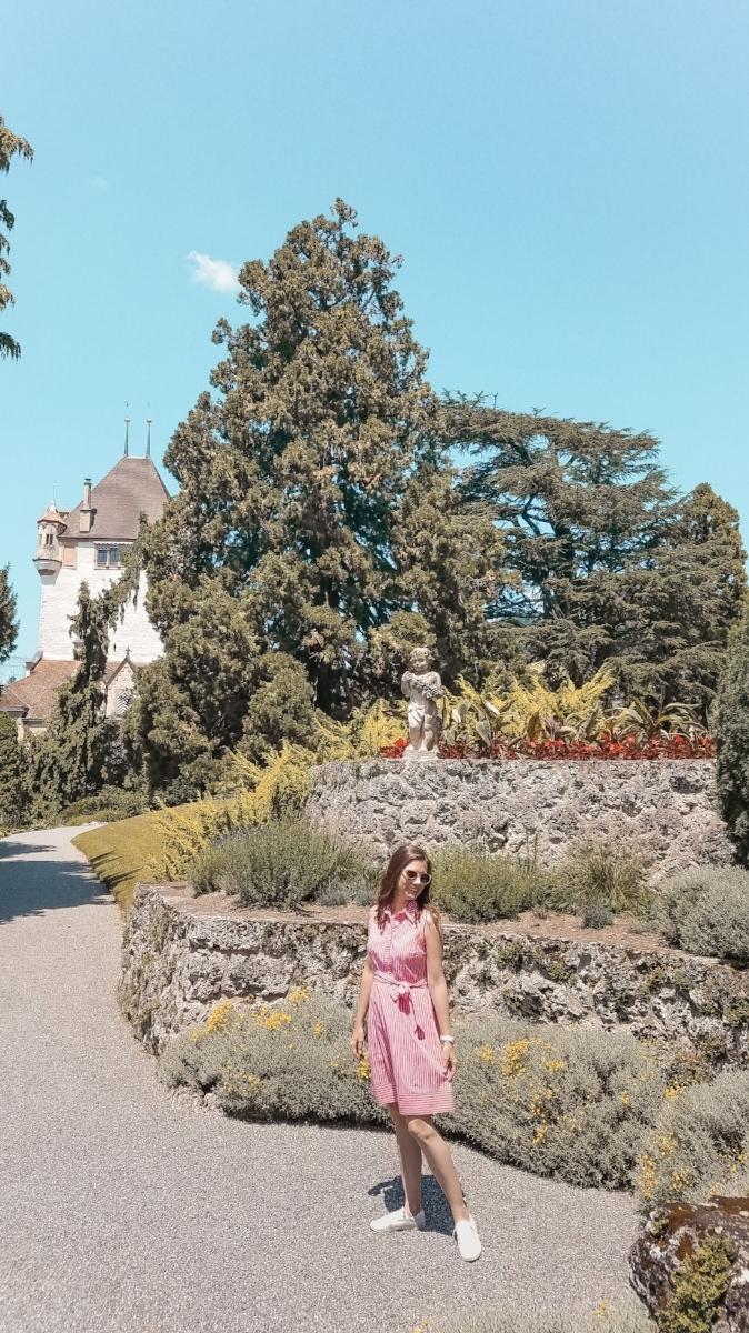 Beautiful gardens surround the Oberhofen Castle in Oberhofen am Thunersee, Switzerland. #Switzerland #Travel #Traveltips #castles #gardens