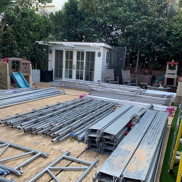 All in a days work! 👏🏼 #likemagic #construction #scaffolding #scaffolder #sf #builder