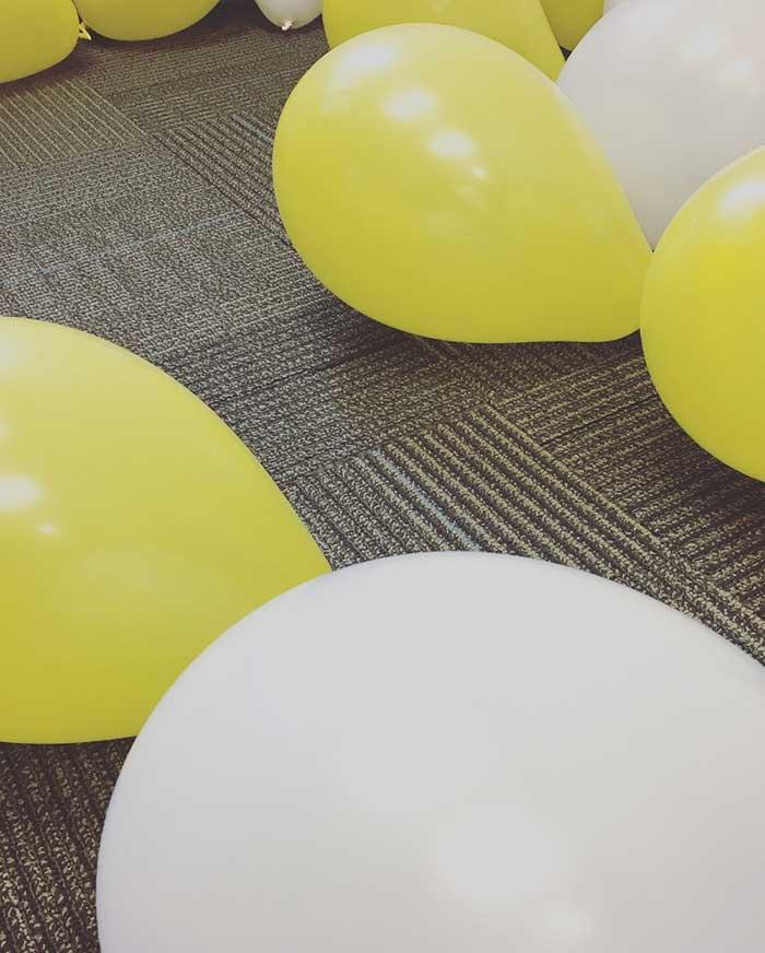 balloons_big-min.jpg