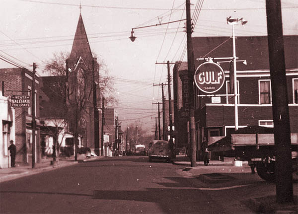 Hayti's Fayetteville Street in the 1940s ( source )