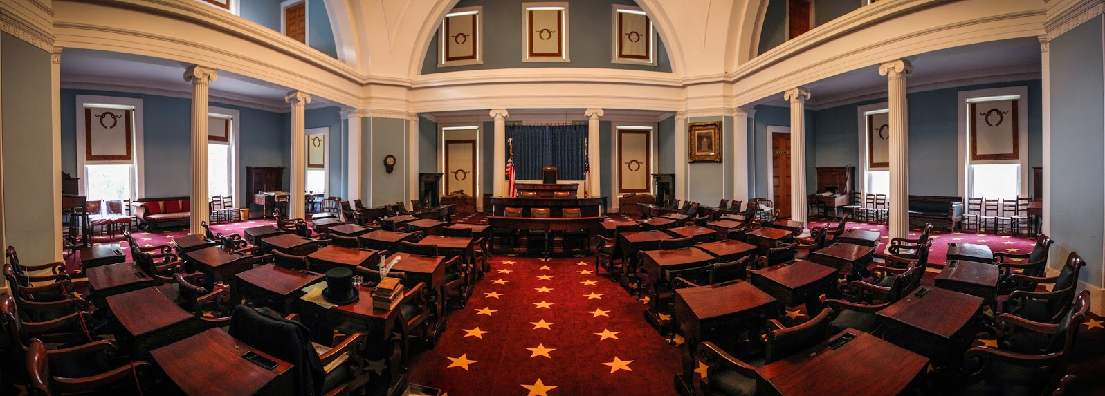 The North Carolina Senate Chamber ( Image )