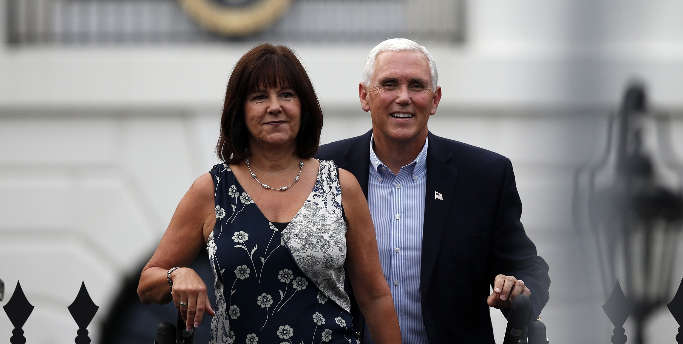 Second Lady of the United States Karen Pence with her husband, Vice President Mike Pence ( Image )