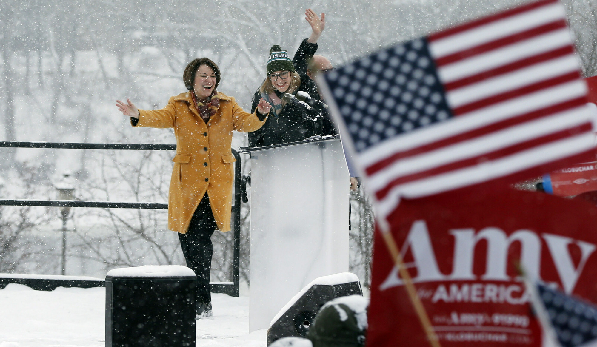 Senator Amy Klobuchar (D-MN) arrives at a campaign rally in Minneapolis on February 10 at which she announced her bid for the 2020 presidential race ( Image )