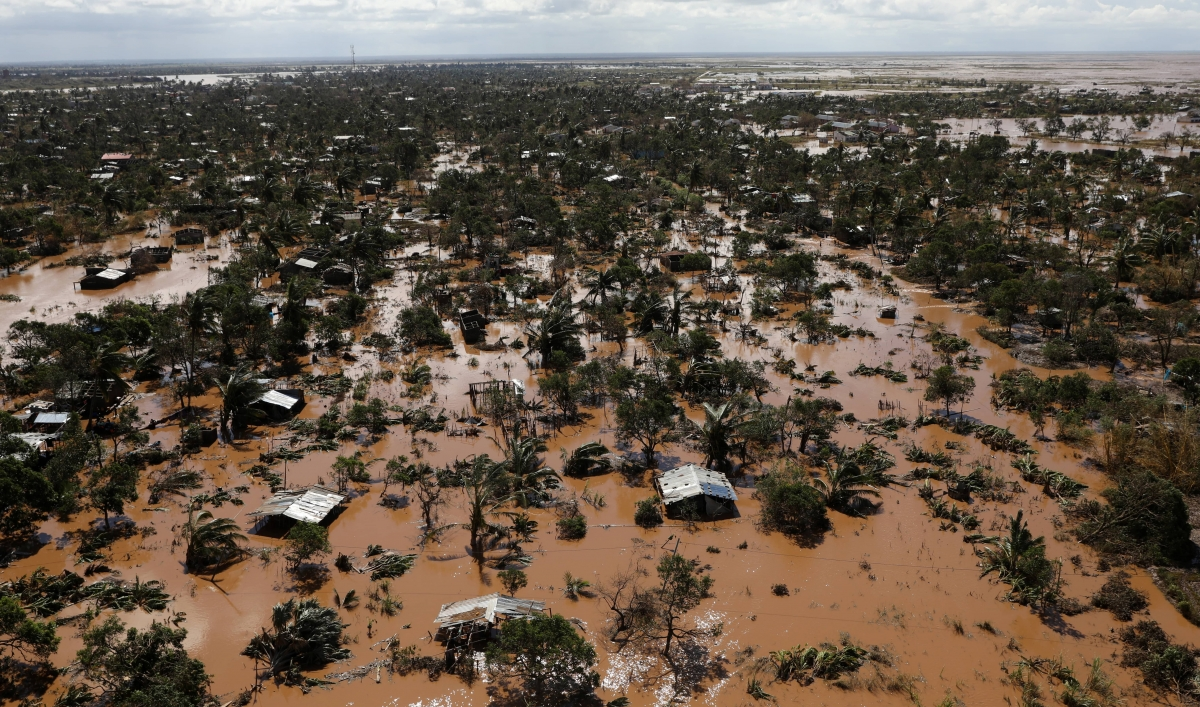 Flooded homes seen in the Buzi district of Beira, Mozambique after Cyclone Idai ( Image )