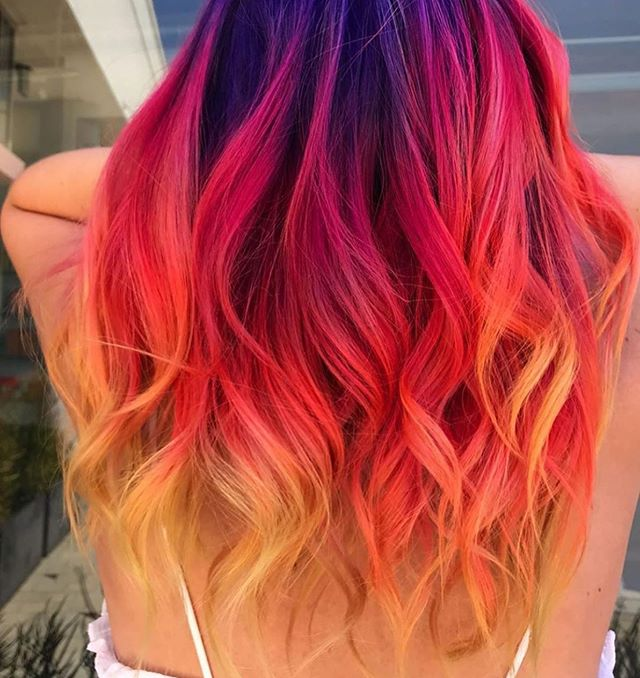 OMG!!! Today is #nationalblowoutday & we're going to be posting some of the coolest (& brightest!) blowouts from salons and brands across the US! Check out this beauty from @pulpriothair