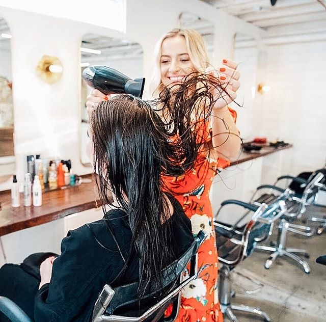 The best day of the year is coming up! National Blowout Day is July 28th, check out the link in our bio for more details! 🤩 📸: @tressapothecary • • • • • #beautygiveaway #giveaway #blowoutstyles #hairgiveaway #nationalblowoutday #beauty #instadaily #igdaily #hairgoals #hair #stylist #stylistssupportingstylists #stylists #salon #salonlife