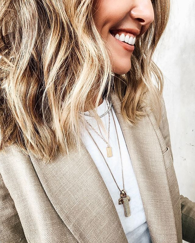 Name something that makes you smile more than a fresh blowout and awesome giveaways. Check out the link in our bio to join in on the fun! #nationalblowoutday 📸: @nikkilee901 • • • • • #giveaway #giveaways #hairgiveaway #beautygiveaway #hairstyles #hair #blowout #blowoutstyles #hairgoals