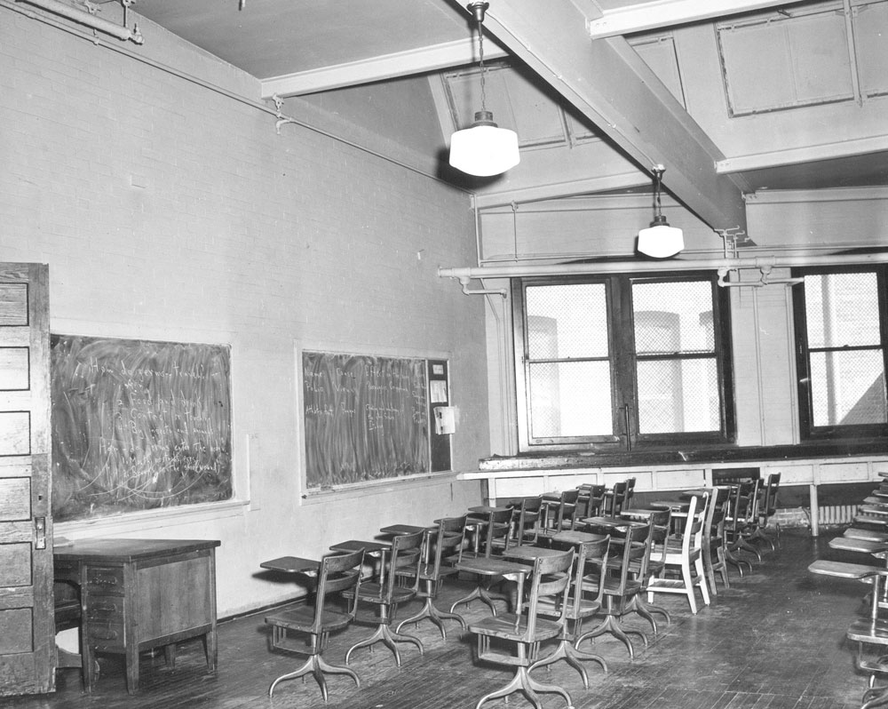 Classroom at Shaw Junior High, Washington D.C., 1950. © The Charles Sumner Museum & Archives, D.C. Public Schools