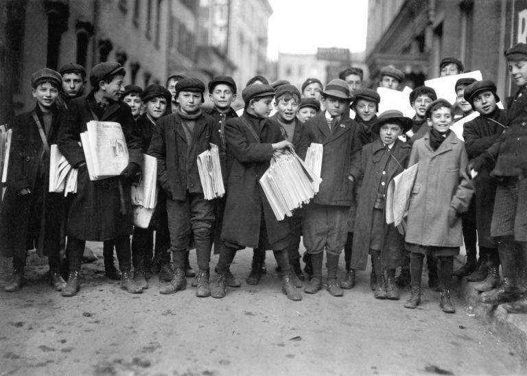 Newark, New Jersey, 1909. By Lewis Hine.