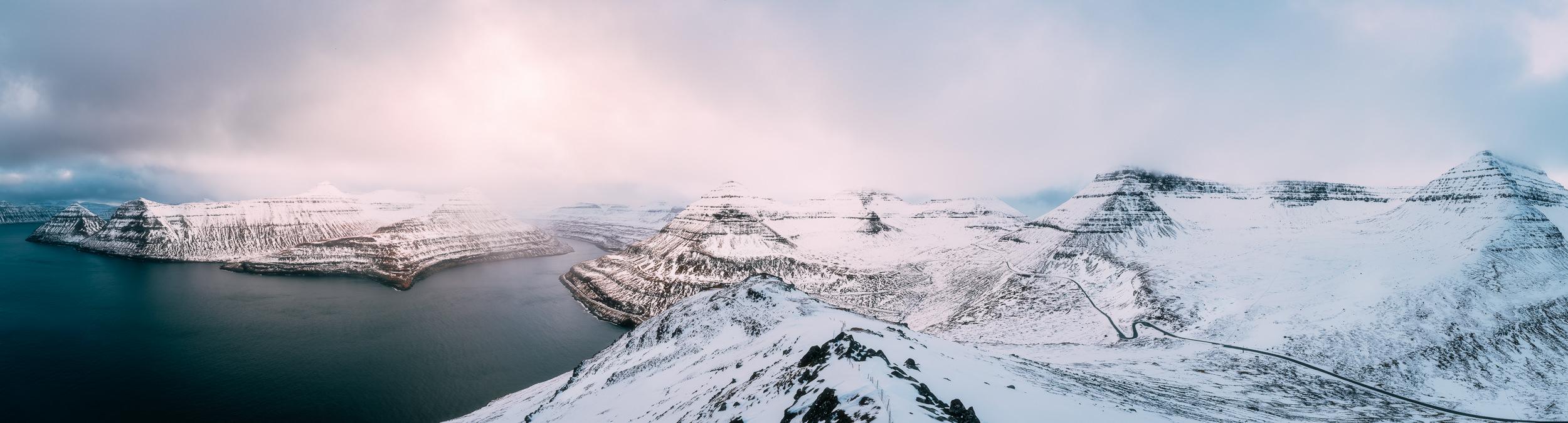 2019.02.06_Faroe_Coast_Eysturoy_Hike_A7III-8736-Pano-Edit.jpg