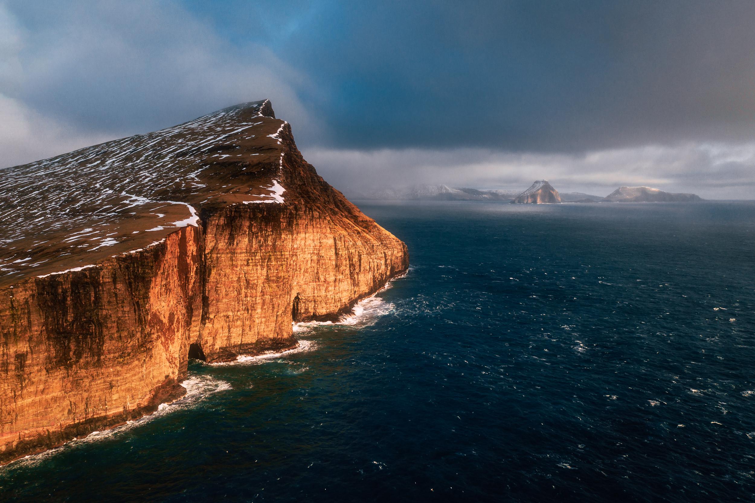 2019.02.07_Faroe_Traelanipa_Hike_Mavic-0286-Edit.jpg
