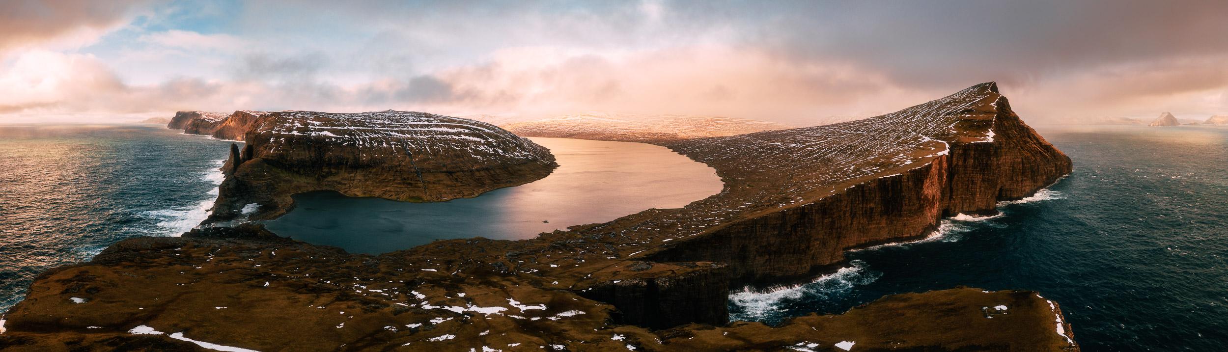 2019.02.07_Faroe_Traelanipa_Hike_Mavic-0001-5-Pano-Edit.jpg