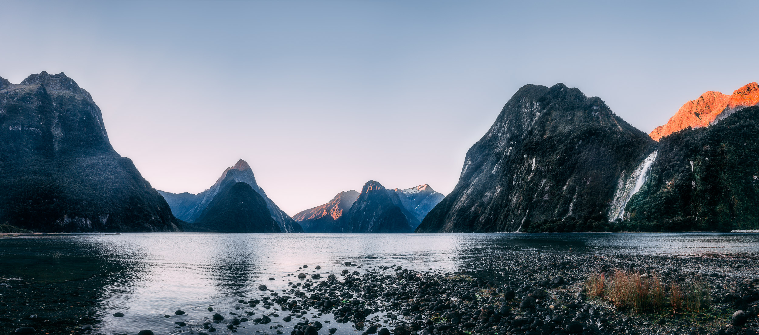2018.03.08_NZ_en_route_Milford-7960-Pano-Edit.jpg