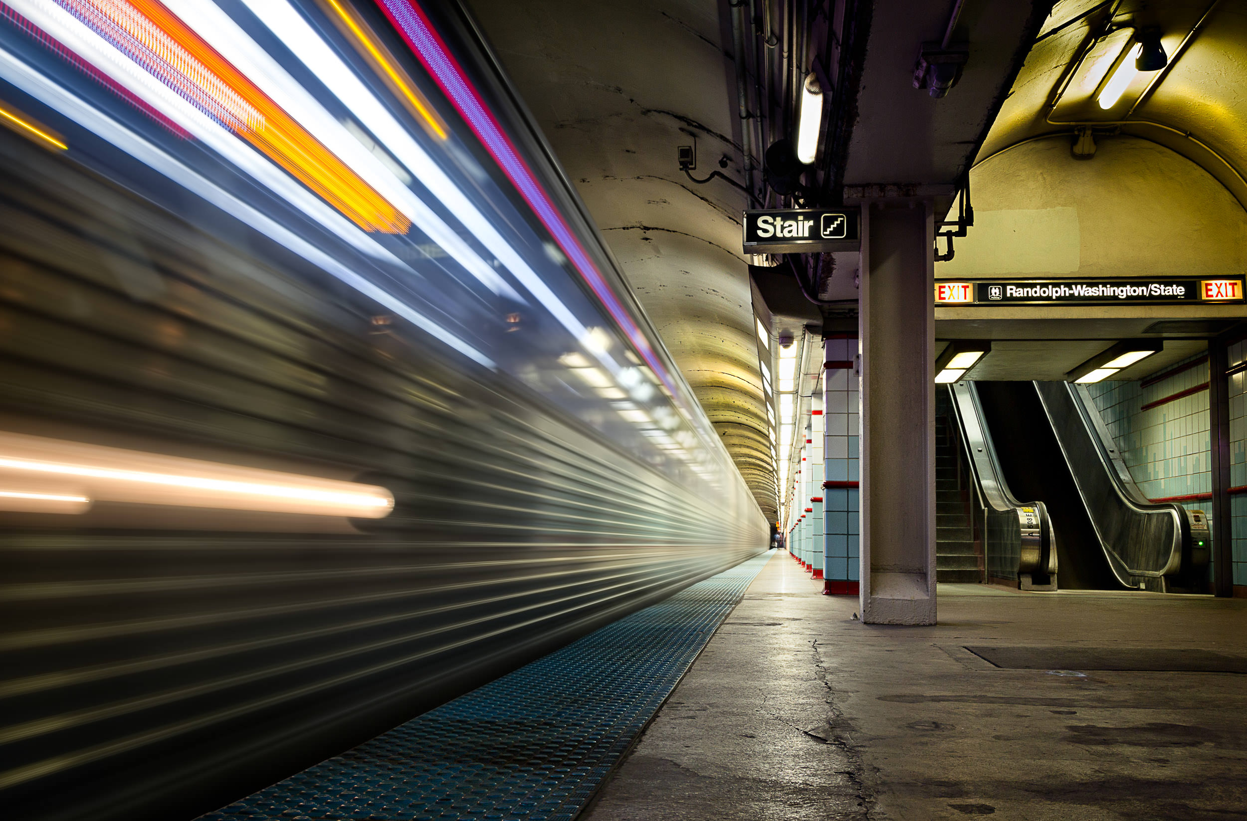 2014.10.01_Chicago_Subway-9171-Edit.jpg