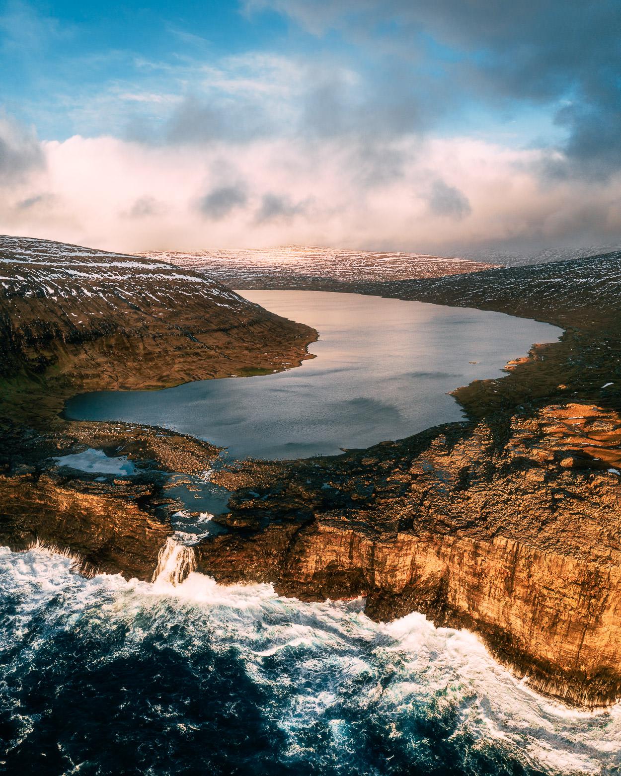 2019.02.07_Faroe_Traelanipa_Hike_Mavic-0001-8-Pano-Edit.jpg