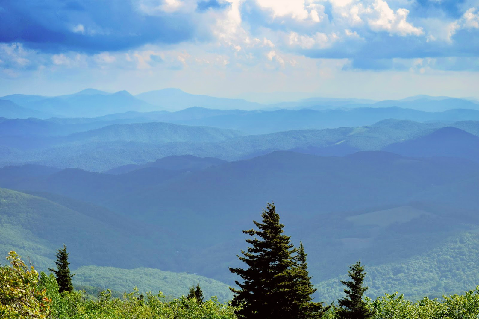 Hike to Twin Pinnacles