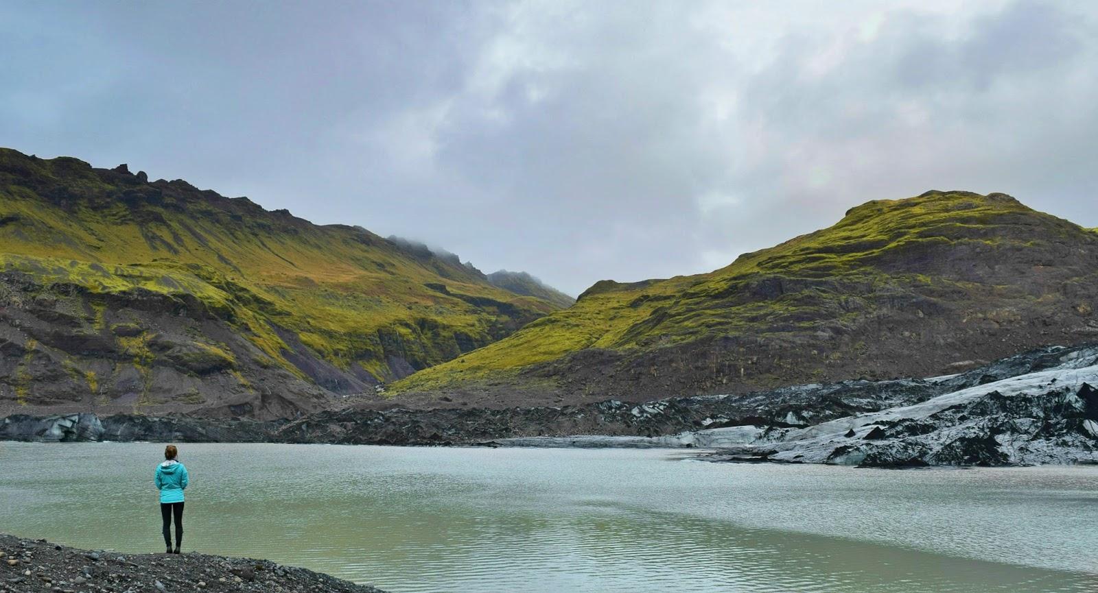 Sólheimajökull Glacier (to the right)