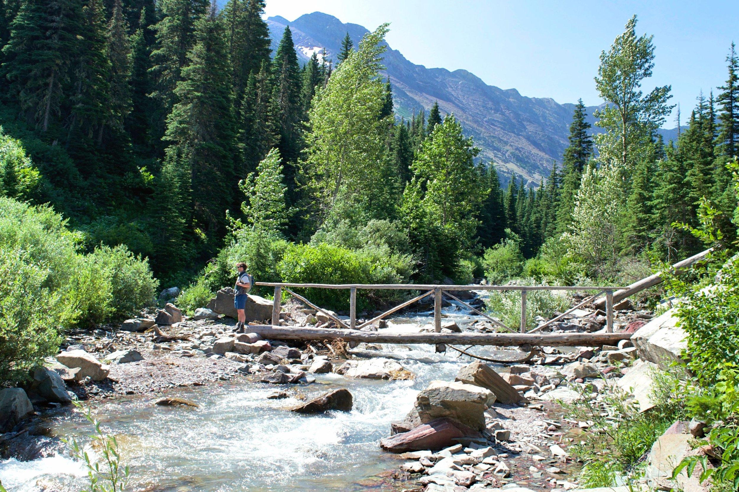 Crossing Canyon Creek