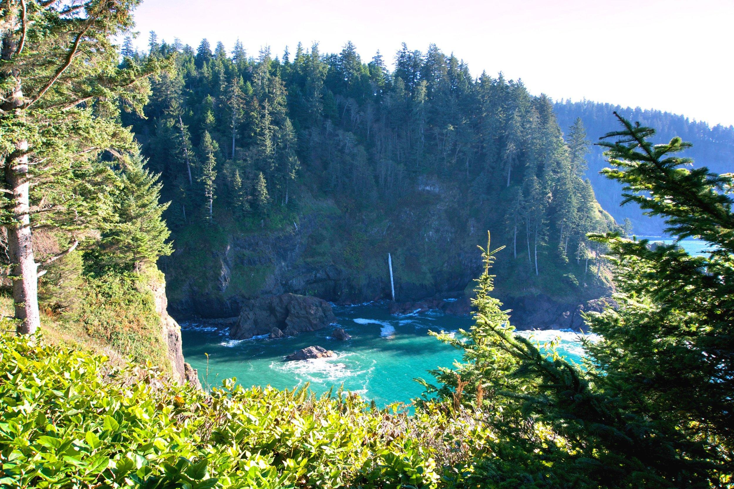 Hart's Cove, Oregon