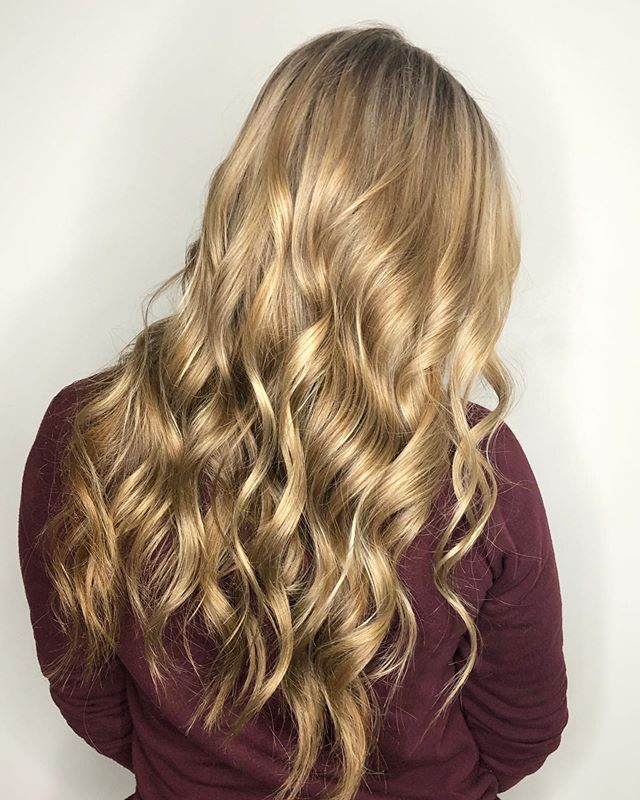 Golden locks for the new school year ✨✨✨ My kinda back to school hair appointment 💁🏼♀️
