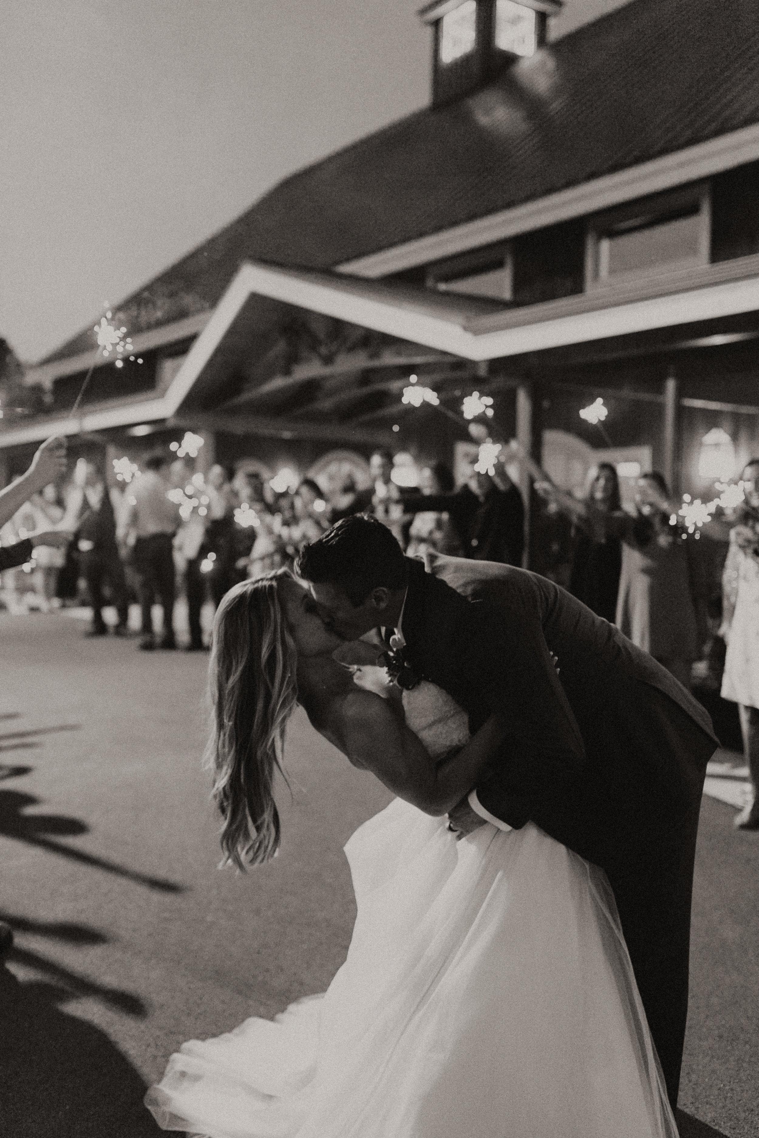 Gibbons Wedding KHP67650-2.jpg