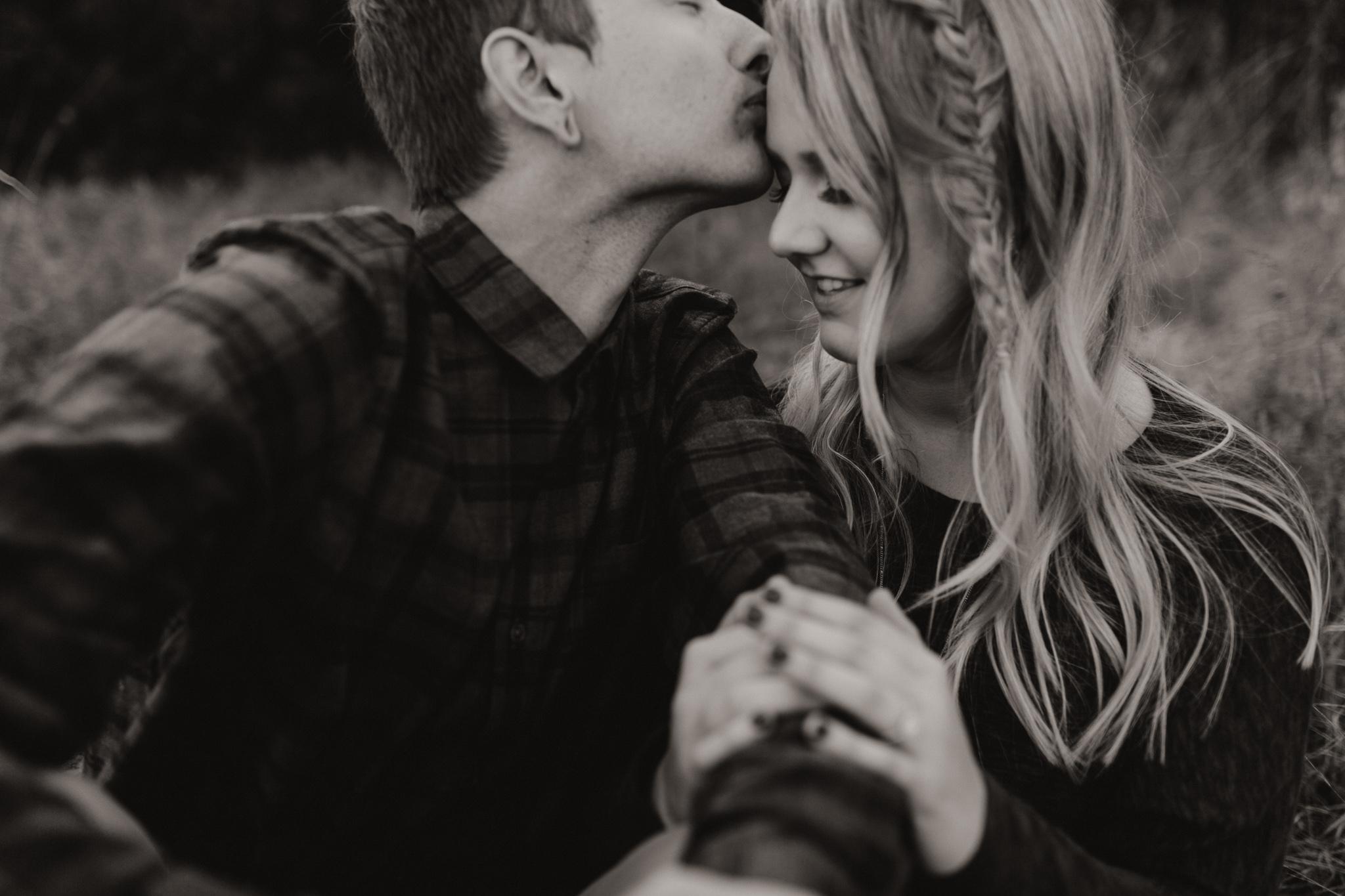 Kyle + Brittany | Fall Lake Engagement Photos | Oklahoma Lifestyle Photographer-5.jpg