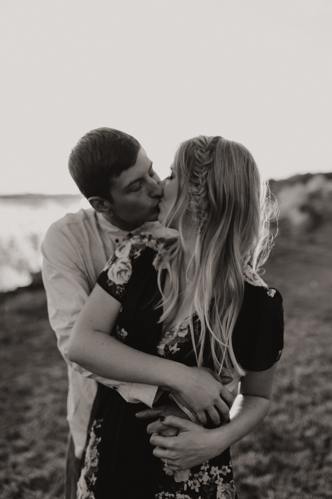 Kyle + Brittany | Fall Lake Engagement Photos | Oklahoma Lifestyle Photographer-37.jpg