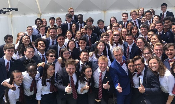 We met @billnye (🎵BILL BILL BILL BILL BILL BILL🎵) today at senior convocation! Thank you, Mr. Science Guy, for an incredibly moving speech that will not only impact the graduating class, but all those who were present. . Consider the following- if you want to hear the chorus one more time this year, come to our Commencement Concert tonight at 8 pm in Bailey Hall. Tickets are available online or at the door. . Finally, to our amazing, talented, beautiful, and incredible seniors: we know you are all going to go out there and change the world once you graduate tomorrow, and we are so excited for each of your unique journeys. The Chorus is behind you every step of the way; know that you have already changed the world starting with your impact on this organization. We love you and congratulations! ❤️🎵 #cuchorusseniors19 #choruslove