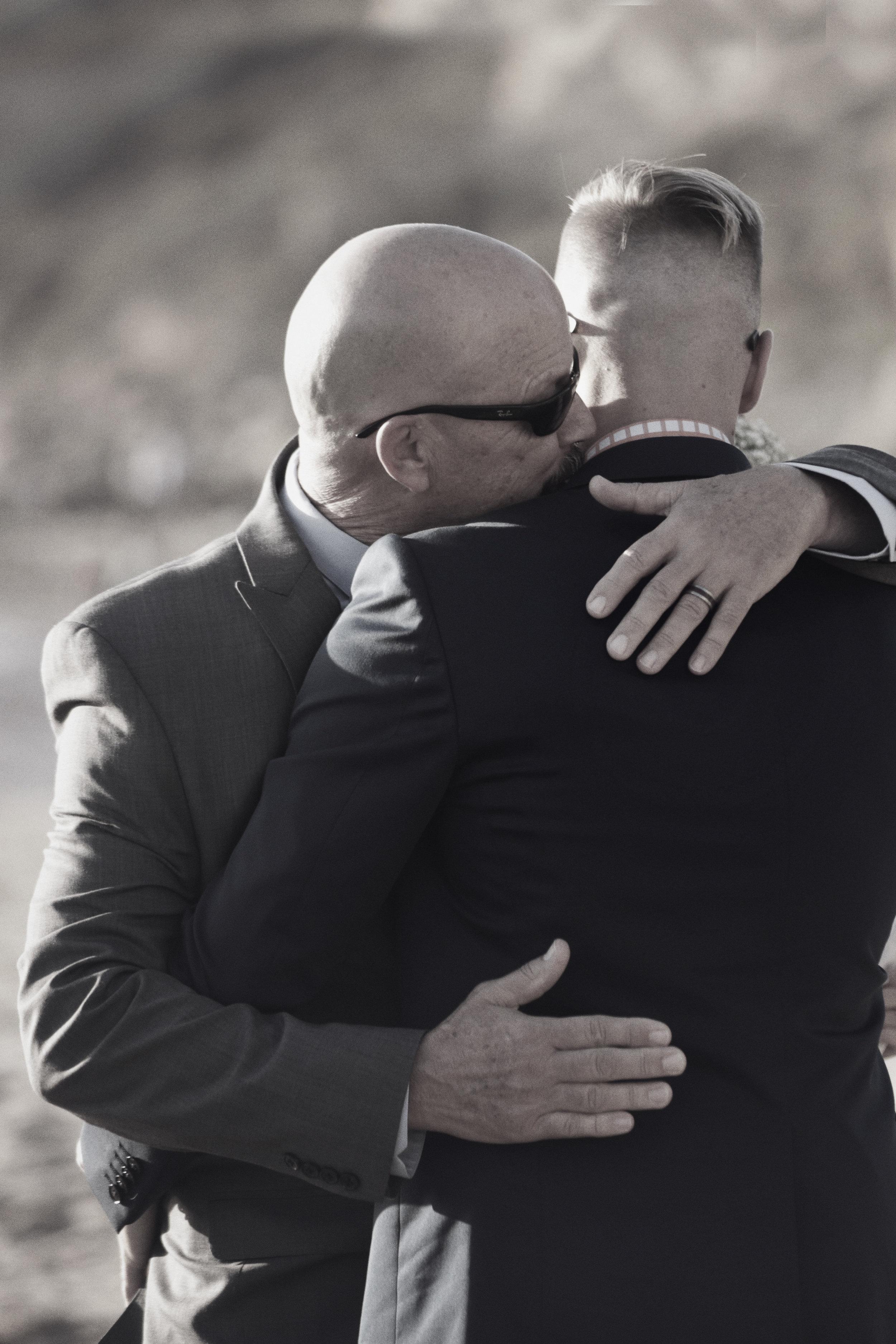 wedding photos dad and grrom