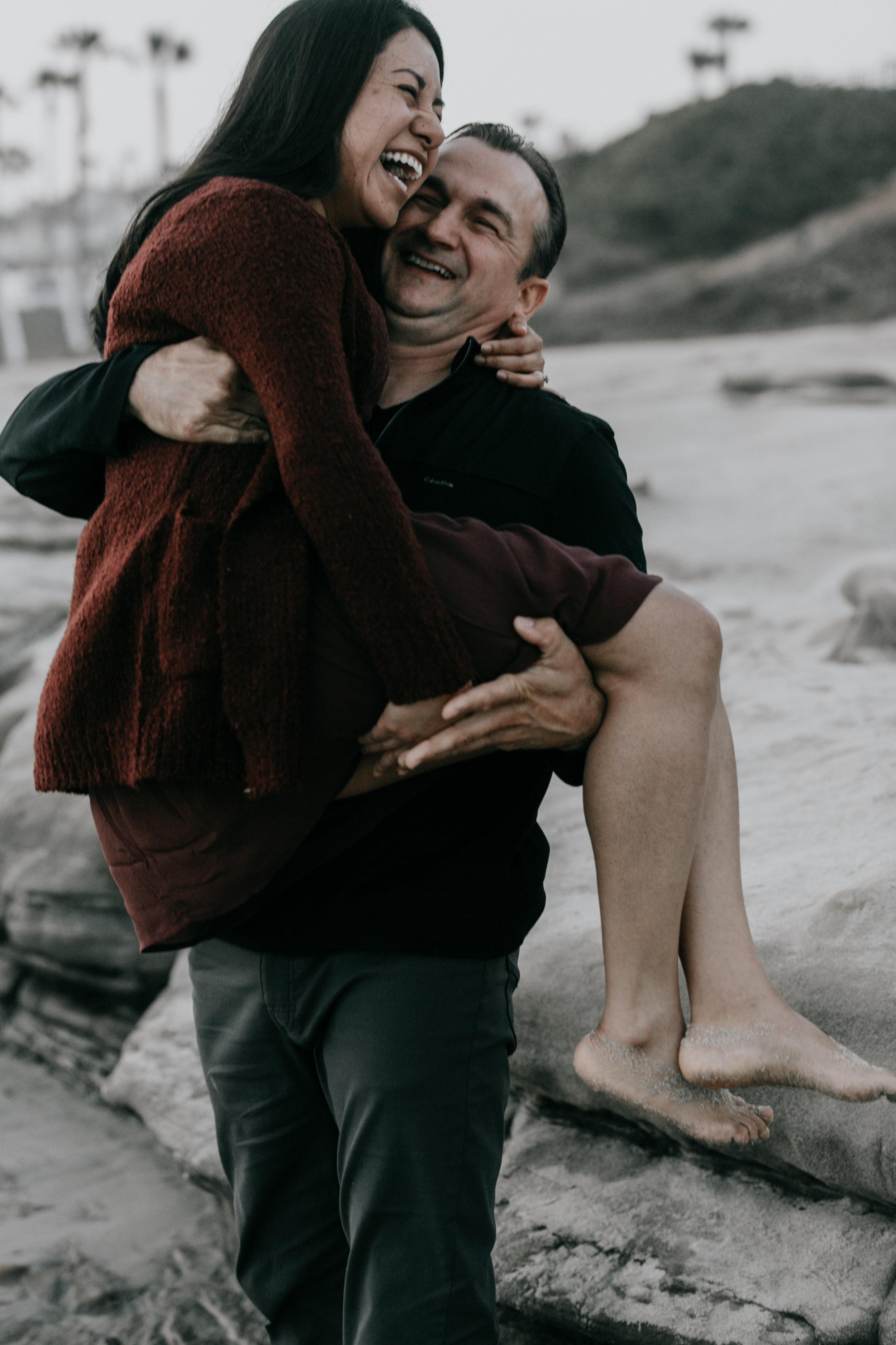 beach love   surprise engagement   La Jolla, CA