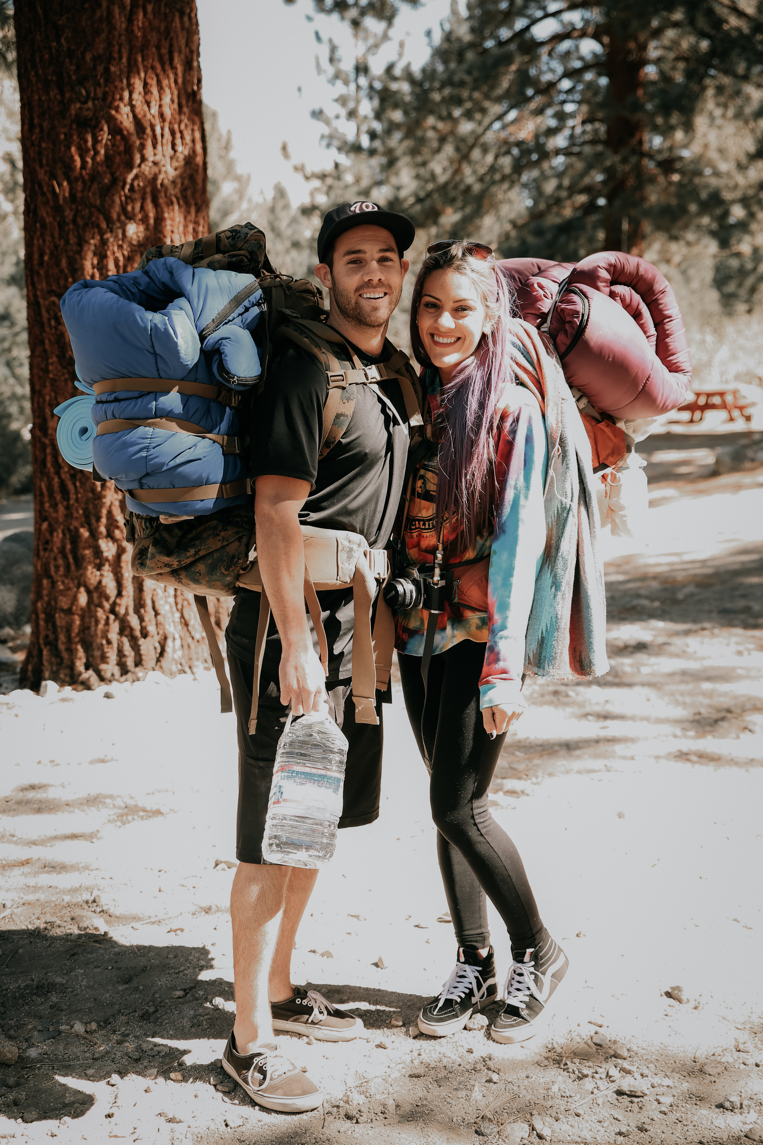traveling couples