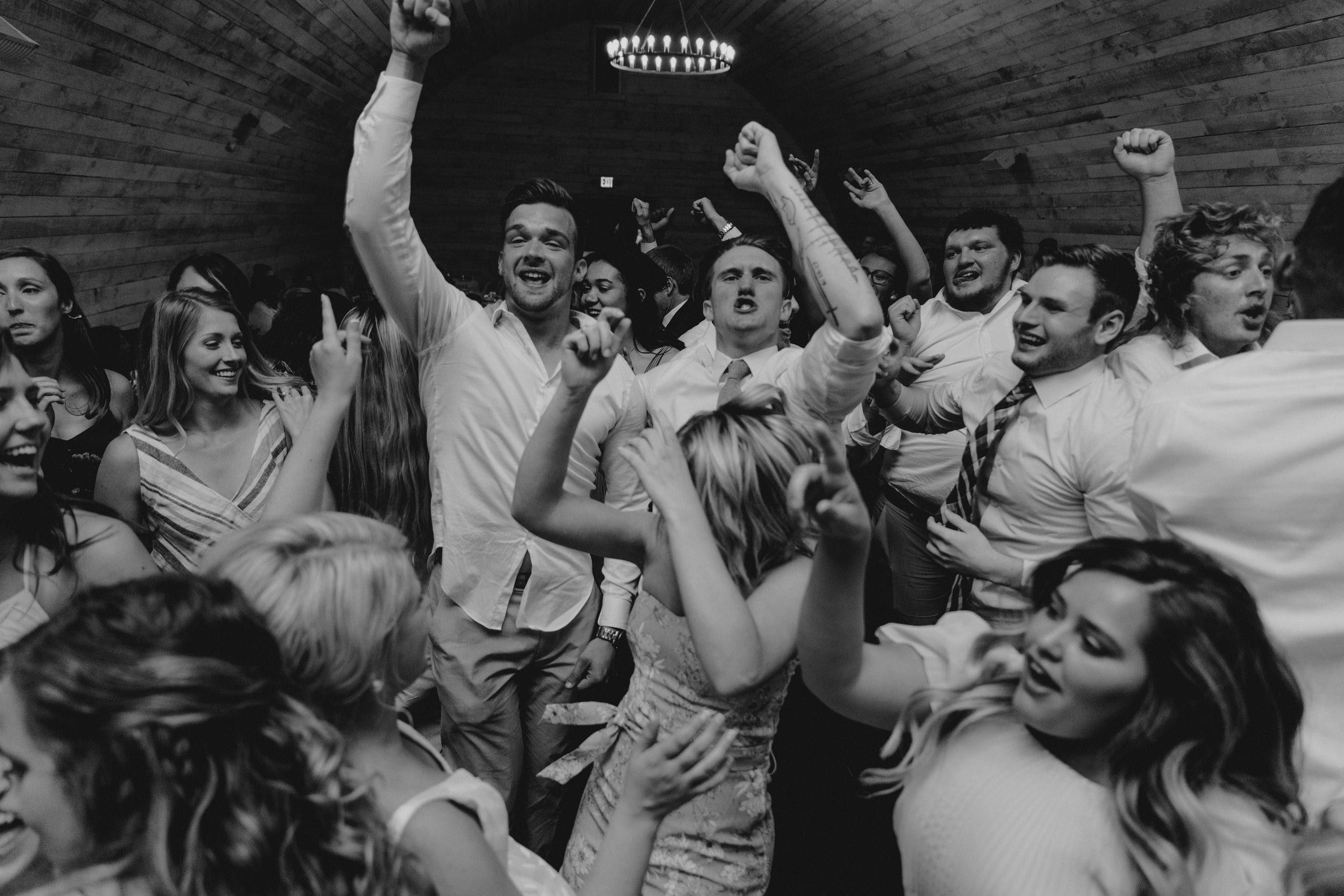 weddingsonideas.jpg
