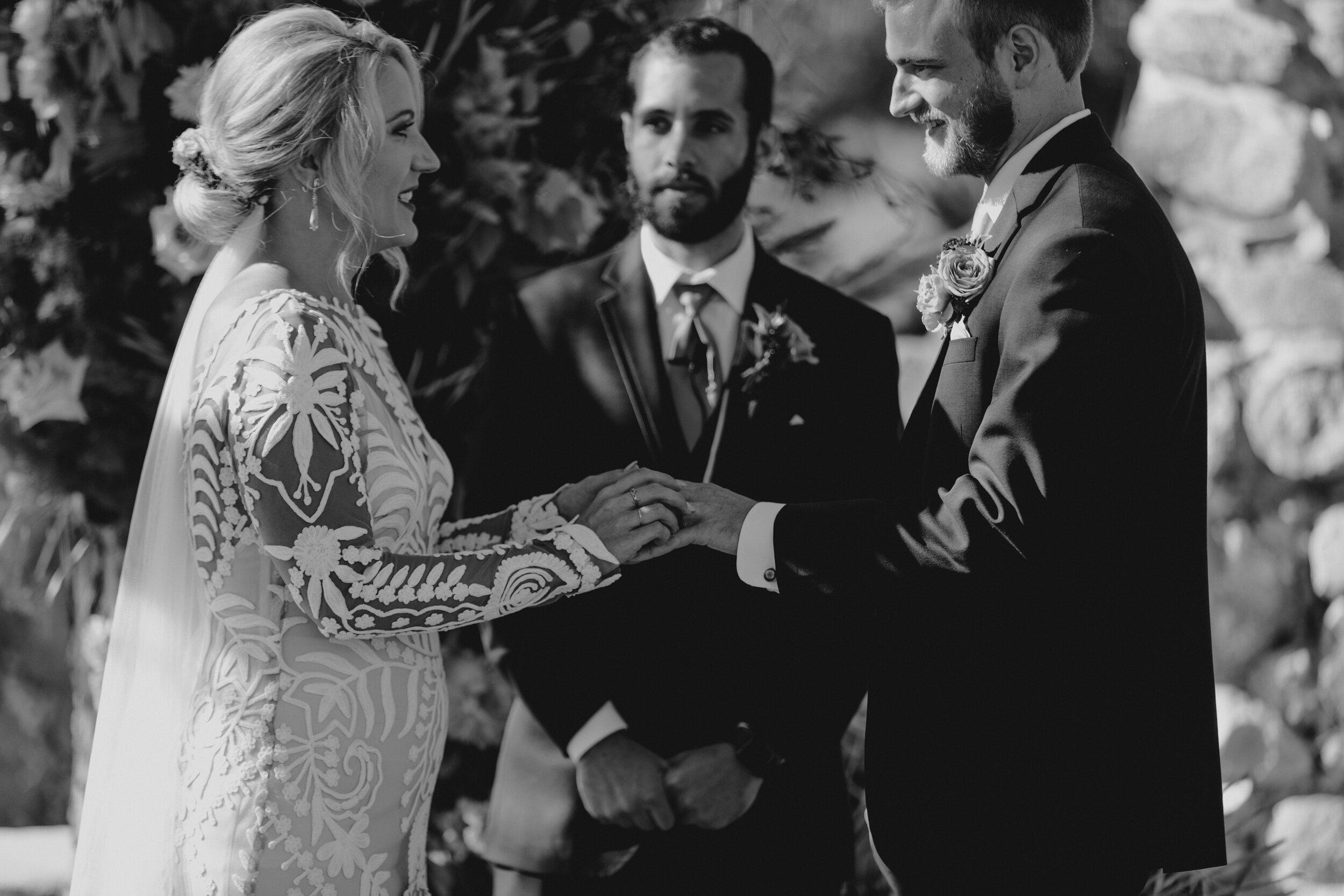 bestweddingphotographers.jpg