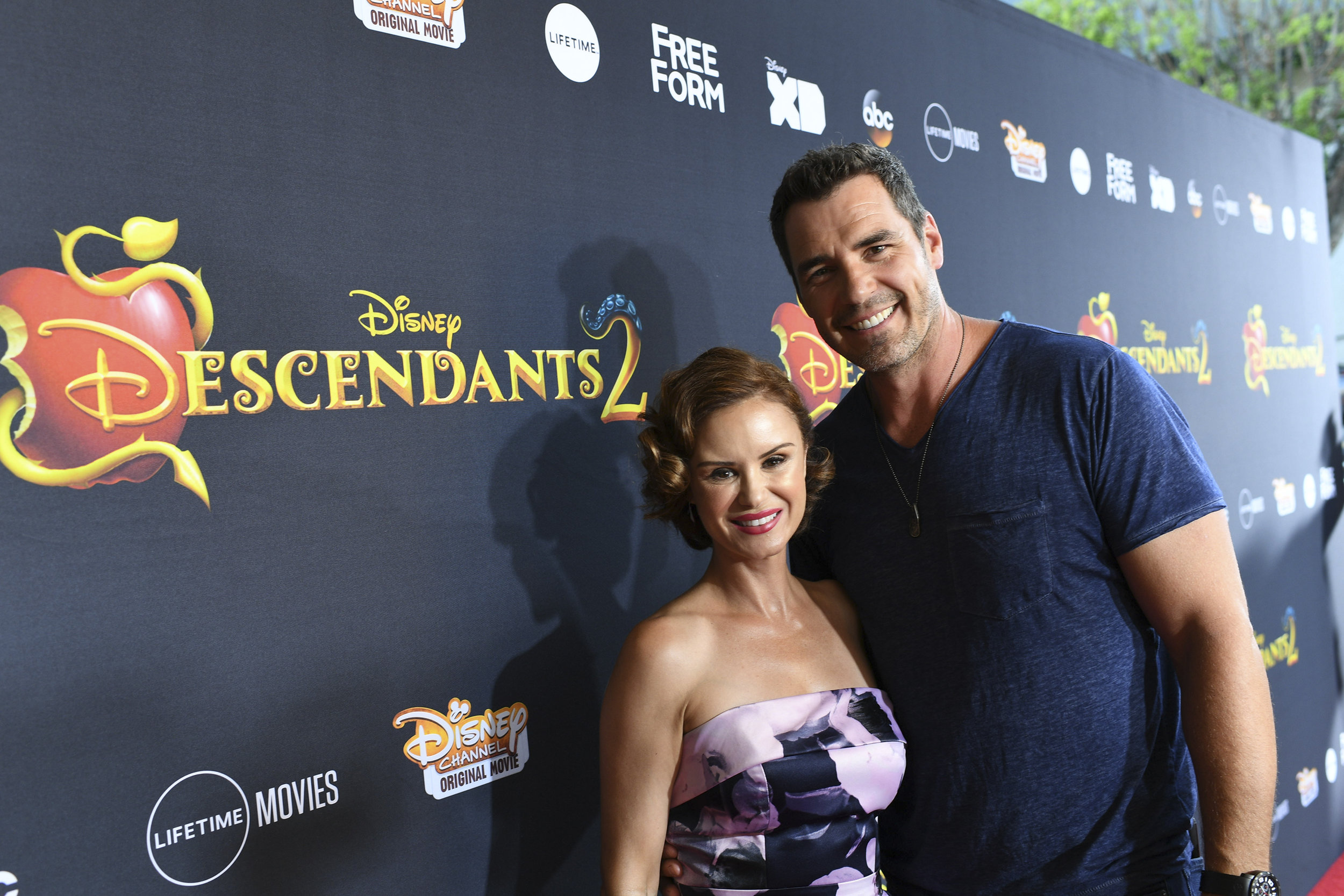 Keegan Connor Tracy ( Queen Belle) and Dan Payne ( King Adrian)