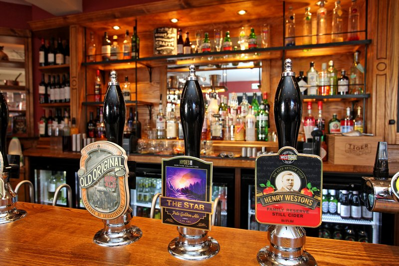 Wide selection of beers - Carling, Stella, Amstel, Bierre Moretti, Tiger smooth, Guinness, Thatchers gold cider, Tiger best, Sunchaser, Old original, two changing guest ales, Henry Westons family reserve cider.+ ever-changing bottled craft beers.