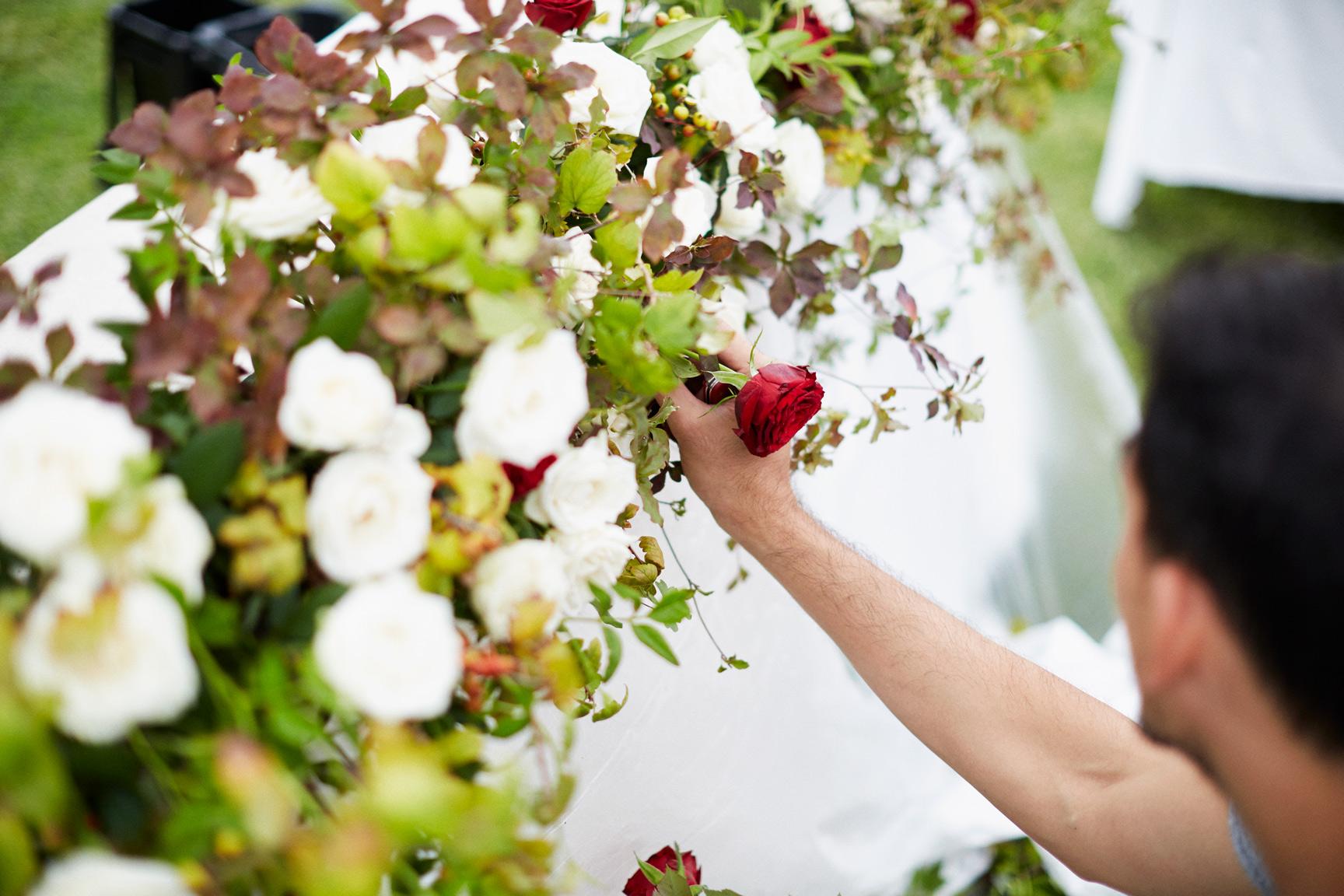 出張花フォト - お客様のご希望の場所へ花フォトが出張いたします。誕生日Party・企業イベント・ベビーシャワーなどフラワーPhoto Boothをお好きな場所へお届け致します出張・デザイン費 ¥ 20,000花材費 ¥ 10,000〜 (ご予算に応じます)