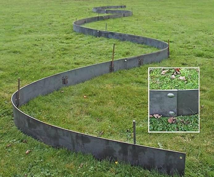 metal-lawn-edging-cover.jpg