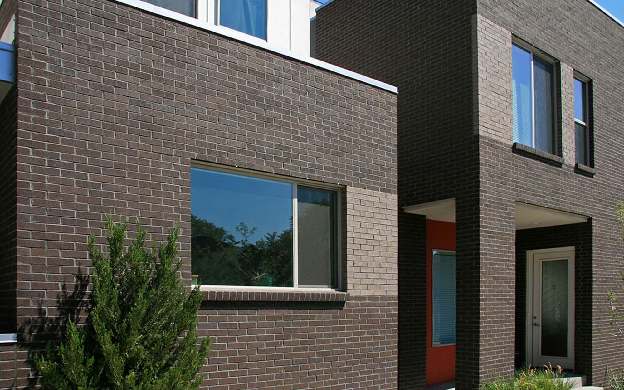 Lakewood & Summit Brick - Summit Brick provides full and thin brick of all shapes and colors.