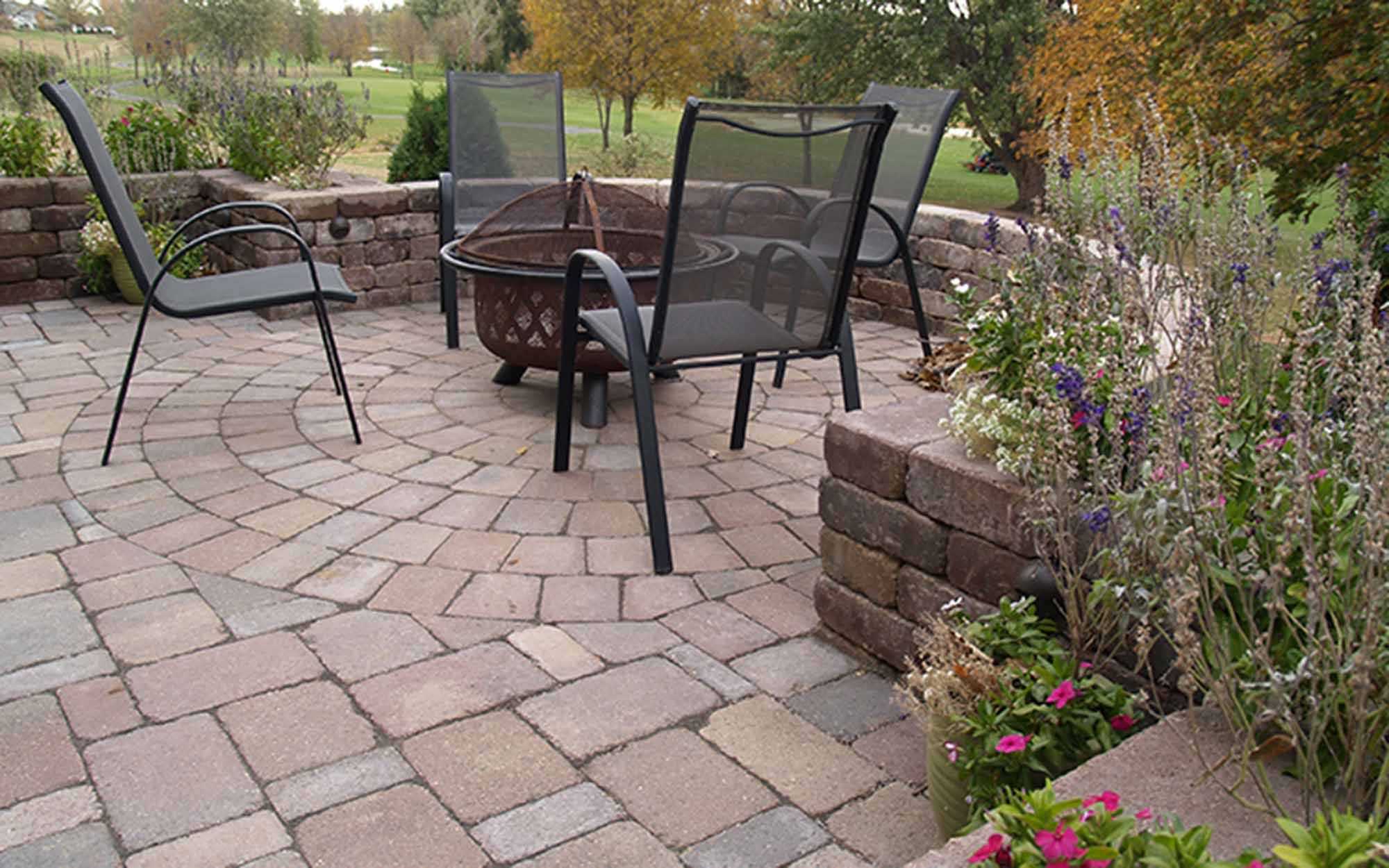 Strassen® Classic Tumbled Pavers