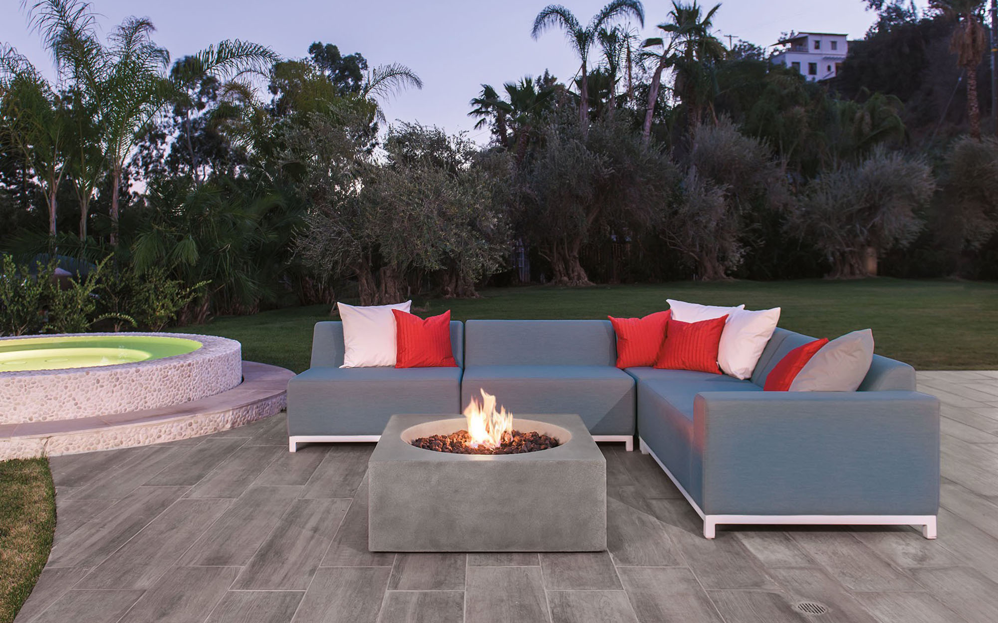 Eldorado Stone Fire Bowls - Eldorado Stone offers fire bowls of all shapes and sizes.  They are available in propane or natural gas.  The fire bowls come ready to install.