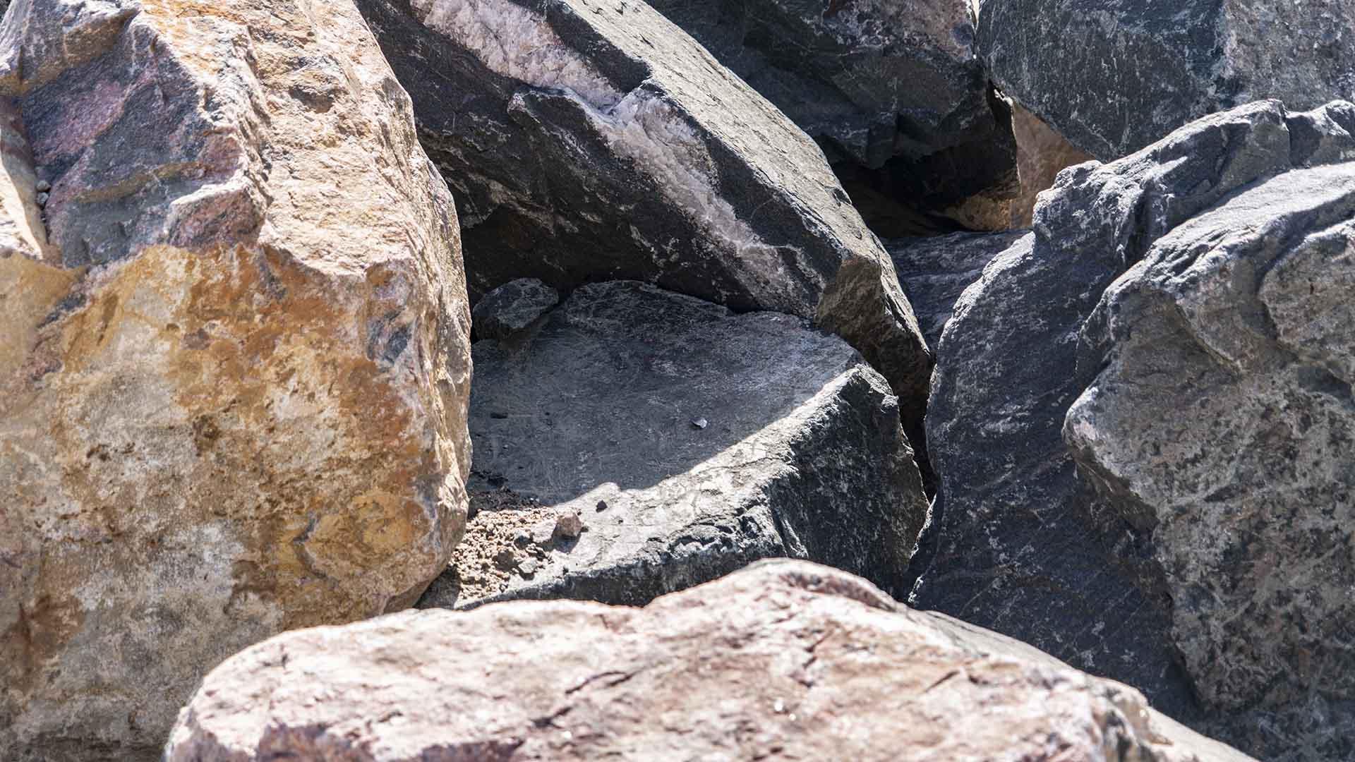 Denver Granite - 3 to 4 Foot Boulders