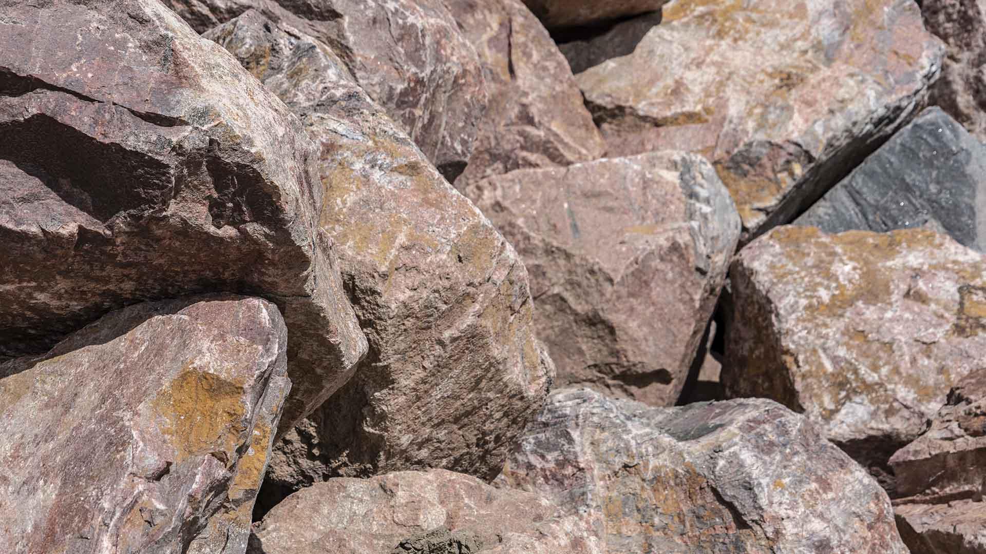 Royal Granite - 3 to 4 Foot Boulders