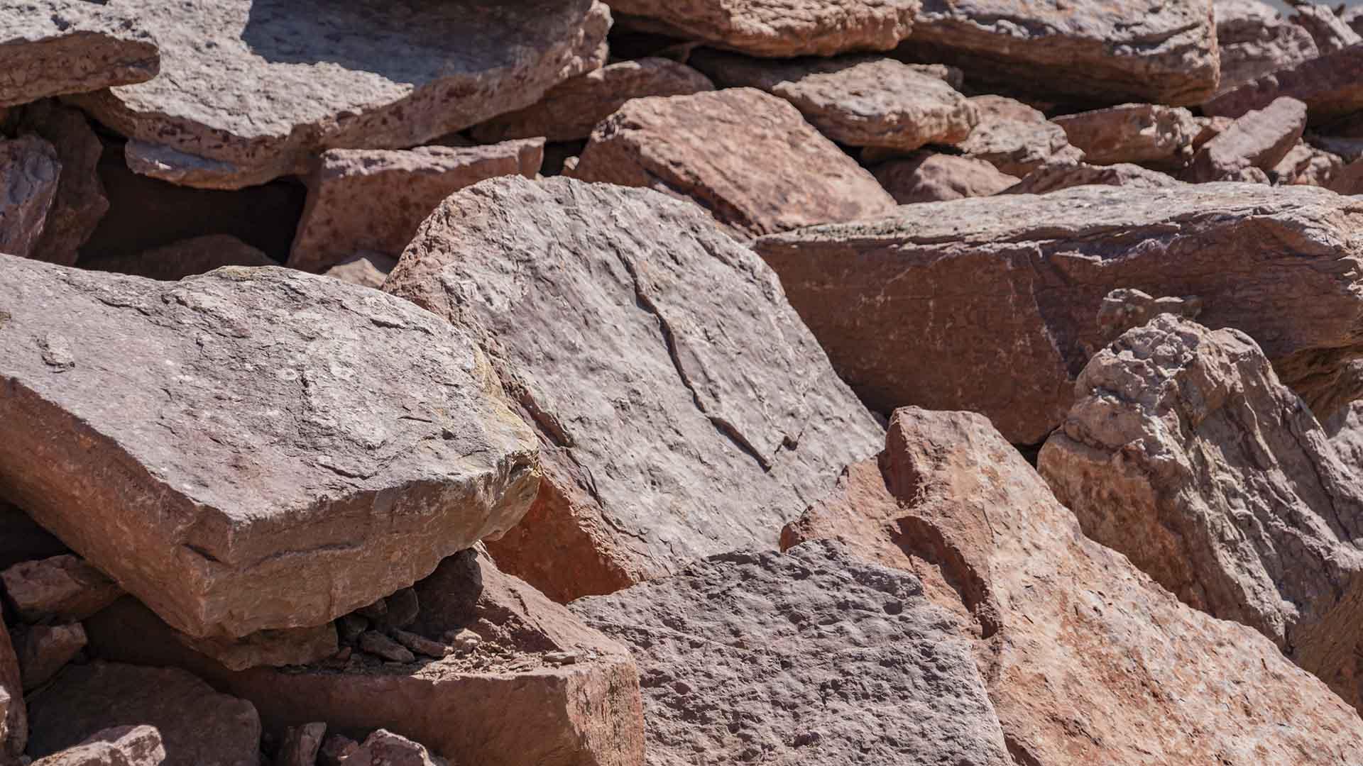 Manitou Pink Boulders