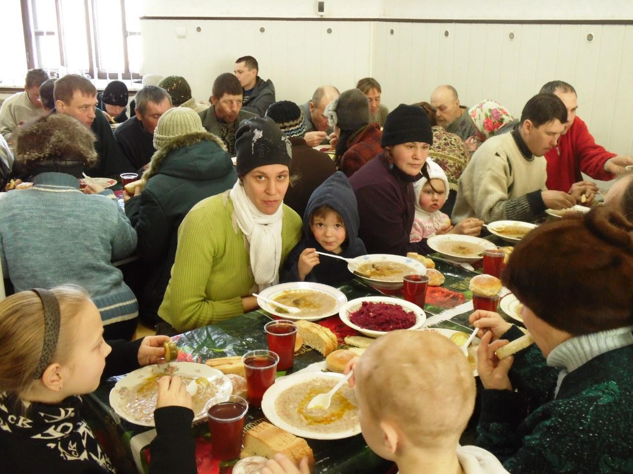 church-feeding of the people2.jpg