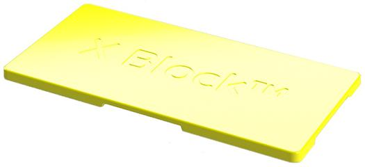 """X BOARD 8 - Made of HDPE plastic.20-year durability.Carries the CE marking.Size: 45 cm x 22.5 cm x 1.5 cm.X Board 8 can be used to cover the top of X 8 blocks so that they can be used as a bench/stool. By placing it on top, it snaps the blocks in place so that you can safely sit or stand on them. X Board 8 has small """"x"""" marks that are 0.5 mm high, making it slip-resistant."""