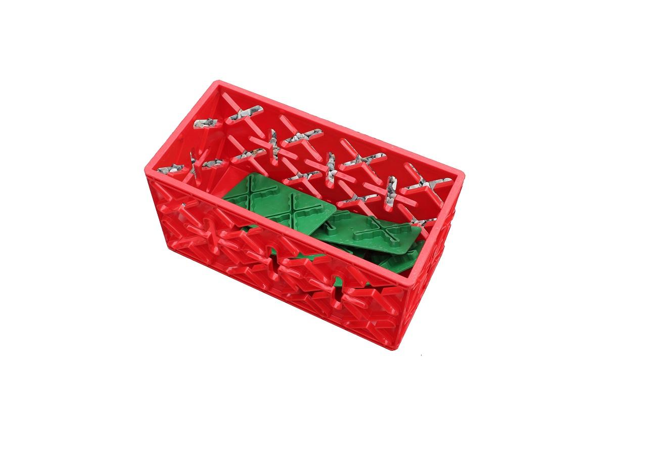 OPBEVARINGSKASSE1 KLODS. - Vender du X 8 klodsen, er den klar til at blive pakket med grej og legetøj der skal bruges i den nye/næste konstruktion. Klodsen kan selvfølgelig også bruges som almindelig opbevaringskasse, der kan stables, selv med ting i.