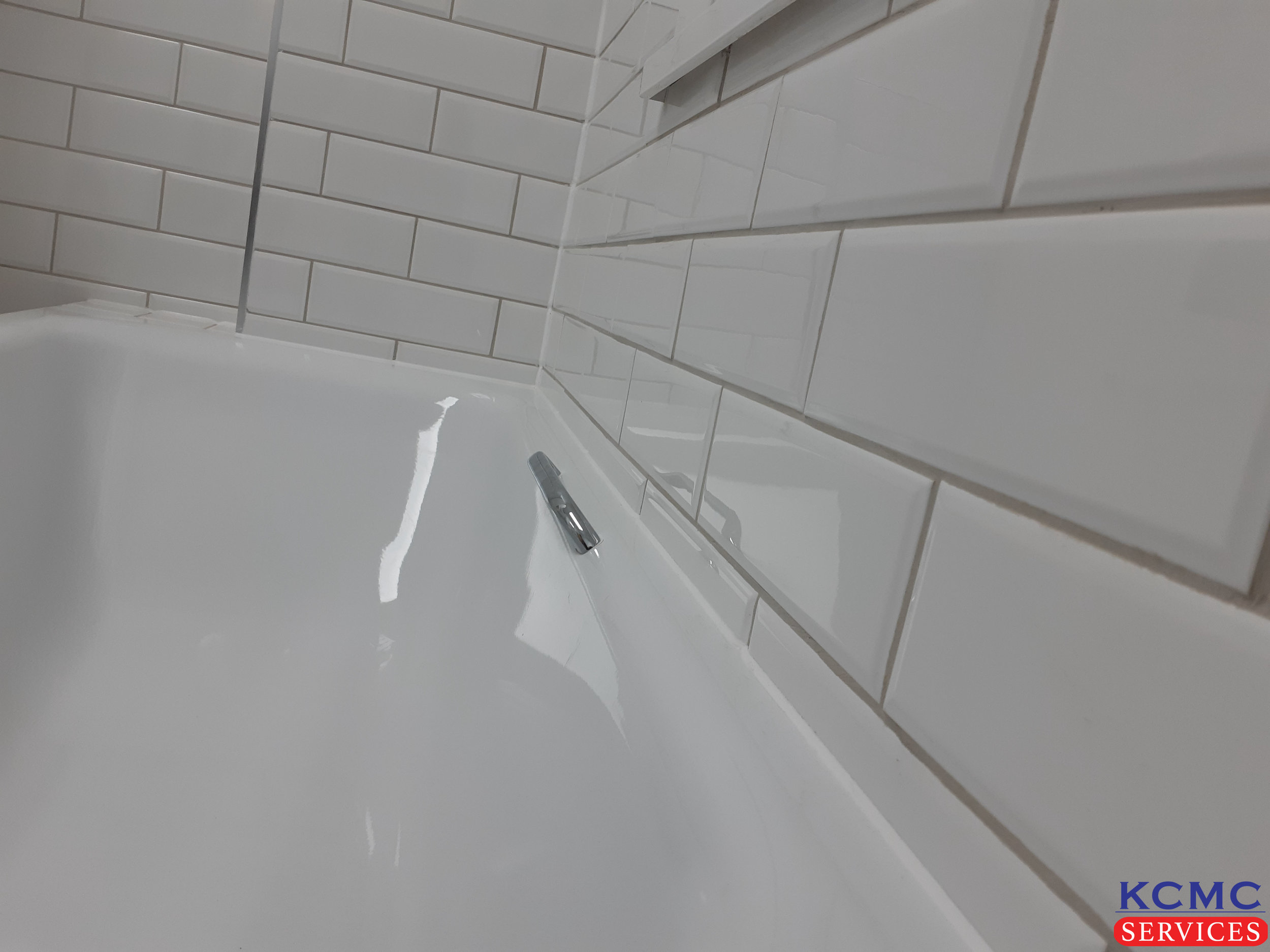 KCMC Services bath SE6-15.jpg